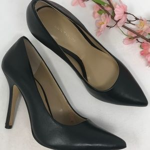 Ann Taylor Black Leather Pointed Toe Pumps Heels 5